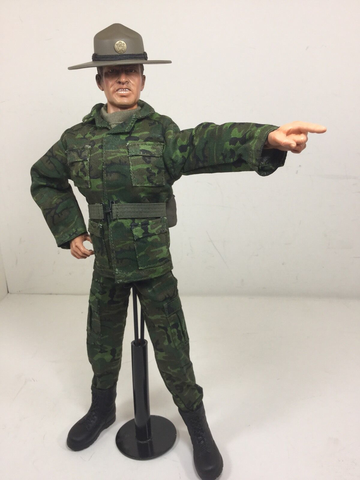 1 6 DID US ARMY DRILL INSTRUCTOR SGT+STAND CAMO CAMPAIGN HAT VIETNAM DRAGON BBI