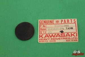 NOS Kawasaki H1 S3 F11 H2 Oil Tank Gasket 92065-085