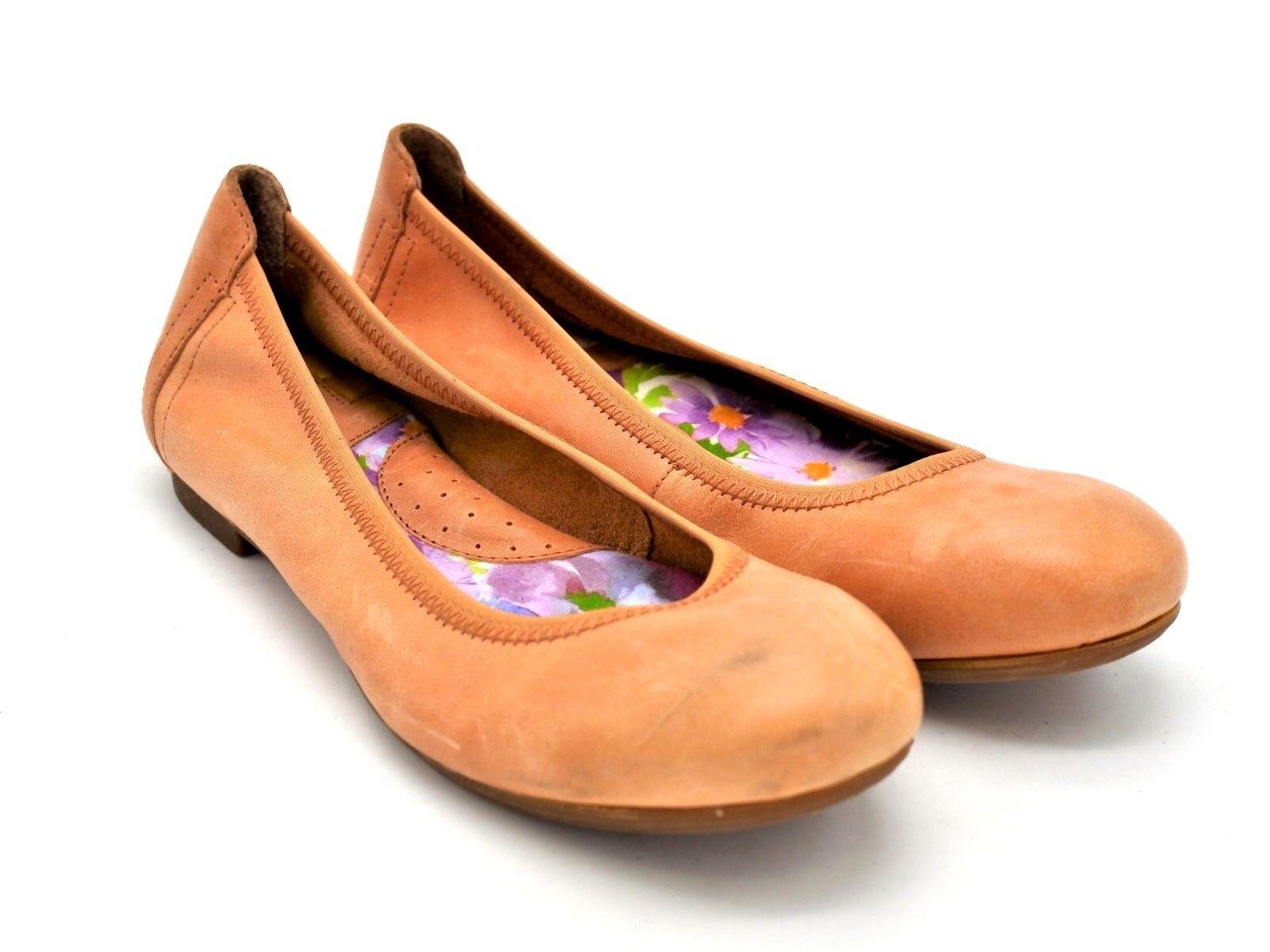 D1592 Pre Owned Women's Born Julianne orange Leather Flats 6 M