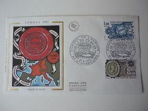 ENVELOPPE-1er-JOUR-FDC-SOIE-1982-EUROPA-2-TP-1-60-amp-2-30-OBLIT-ILLUST-STRASBOURG