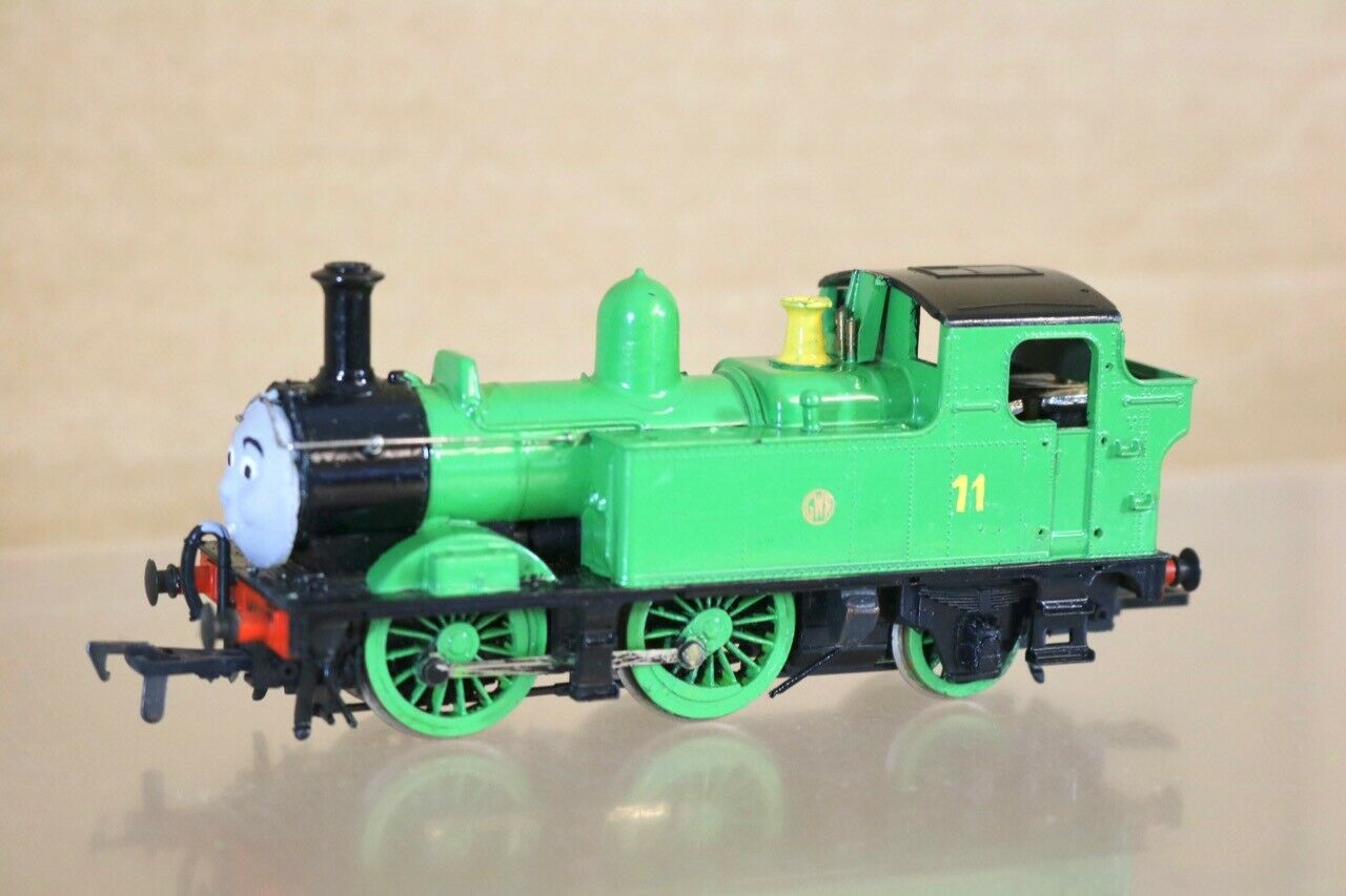 KIT BUILT HORNBY THOMAS the TANK ENGINE verde 0-4-2 LOCO OLIVER 11 ns