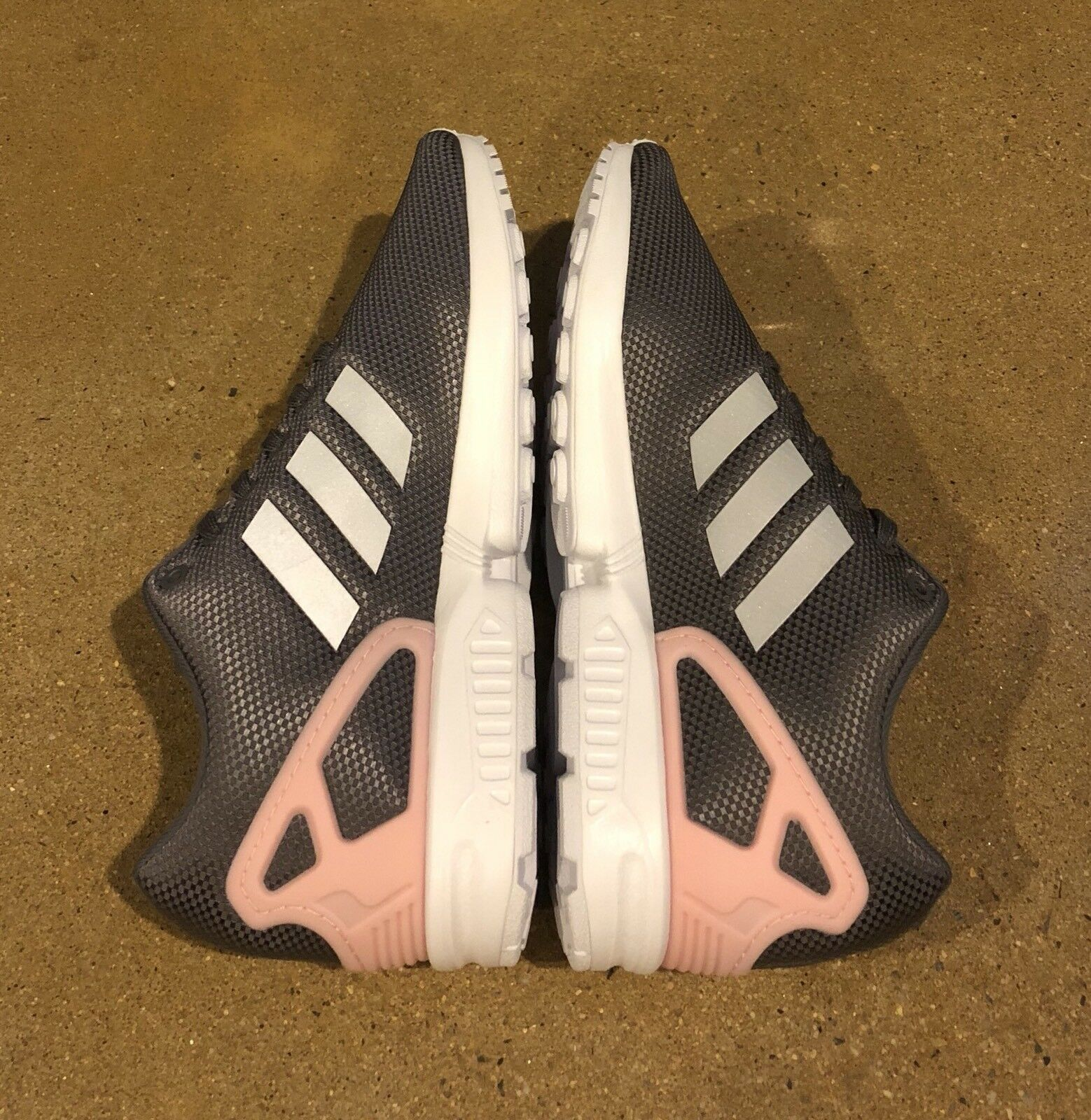 cb6989eec ... Adidas Zx Flux Women s Size 9.5 US US US Grey Pink Running Cross  Trainer Shoes 99cc54 ...