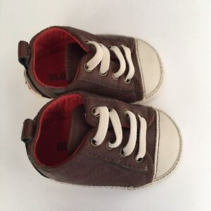 Old Navy Infant Baby Boy Shoes Brown