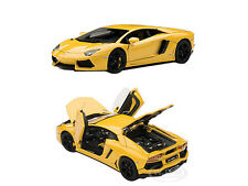 LAMBORGHINI AVENTADOR LP700-4 YELLOW WITH OPENINGS 1/43 AUTOART 54648