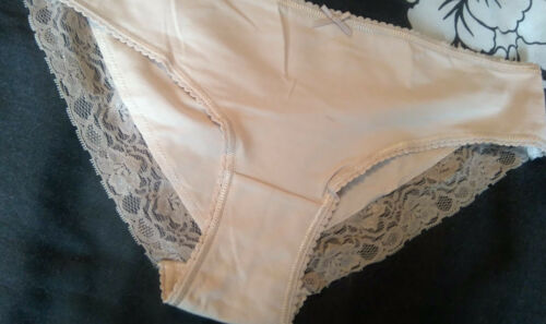 MARKS AND SPENCER HI LEG CREAM BROWN MINK BRIEF  WITH FLORAL LACE DETAIL 8-22