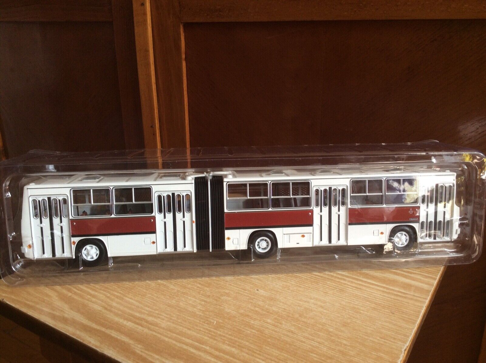 acquisti online Ikarus-280.33 Hungarian Hungarian Hungarian autobus 1 43 USSR auto modellolo retro Rare classeic autobus  nuova esclusiva di fascia alta