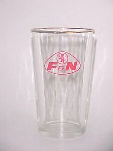 OLD-EDITION-1-x-Singapore-drinking-glass-F-amp-N-034-Gold-Rimmed-034-CA-9