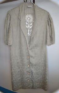 VTG-LA-PERLA-Italian-Floral-Embroidered-Khaki-House-Coat-Robe-Cover-Up-Size-6-42