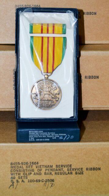 40 U.S. GI Issue Military Vietnam Service Medal Sets for Veterans Unit Reunion