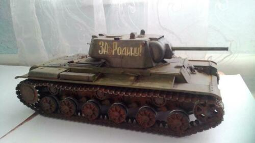 Eastern Express 35120 Soviet WWII Heavy tank KV-1 mod 1942 early vers 1//35 KIT