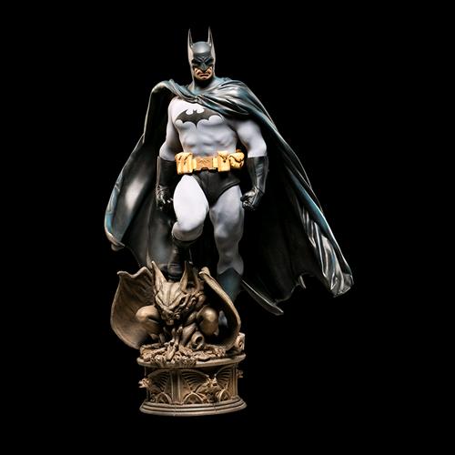 BATMAN - Batman Premium Format Figure 1/4 Statue Sideshow