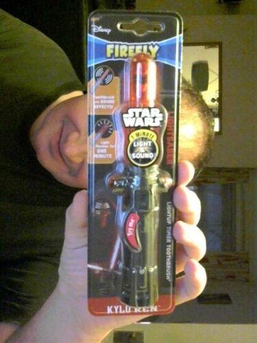 DISNEY Star Wars Luminosa Sciabola kylo REN Spazzolino da denti ideale regalo di compleanno!