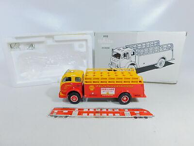 Nip Ca118-2 # First Gear 1:3 4 19-2066 Truck White 3000 1953 Shell/shellane Cars