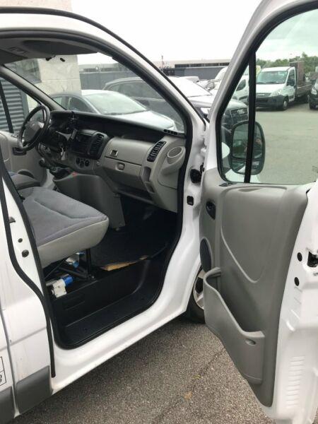 Renault Trafic T29 2,5 dCi 146 L2H1 billede 4