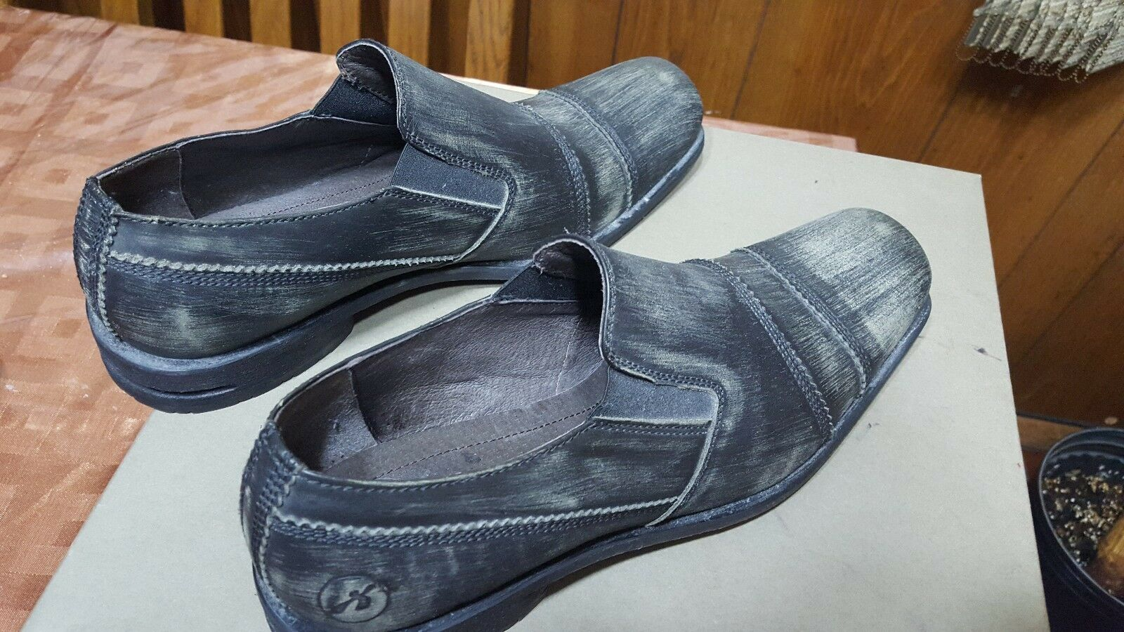 New Rare Bronx Distressed Charcoal Grey Leather Mens shoes Size 10  NR