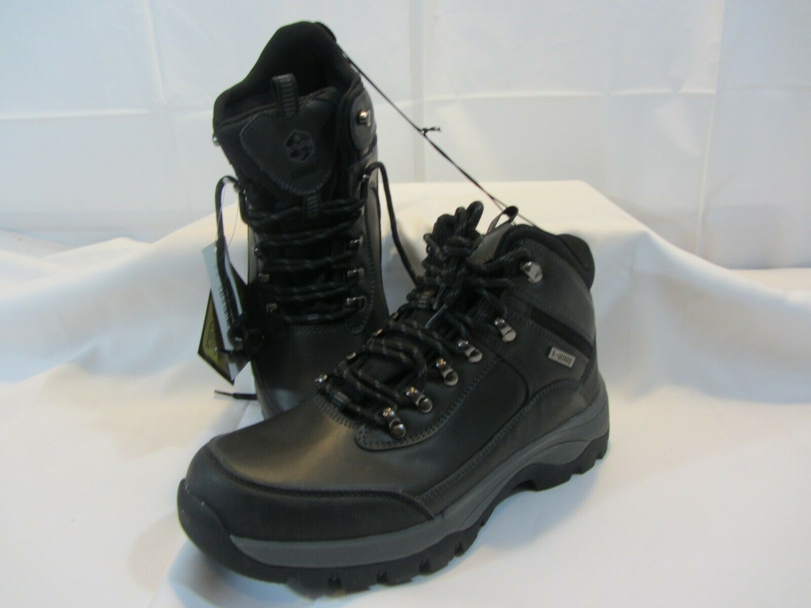 Khombu Men/'s Boots USA Ski Team Size 12-New With Box Grey