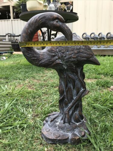 Vintage Flamingo Figurine Cement Rustic Like Hollow Statue Garden Decoration