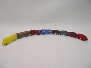 AgréAble Ancien Petit Train Bonux Engraved Locomotive Wagons 8 Pieces Plastique 4cm 60's Soyez Astucieux Dans Les Questions D'Argent