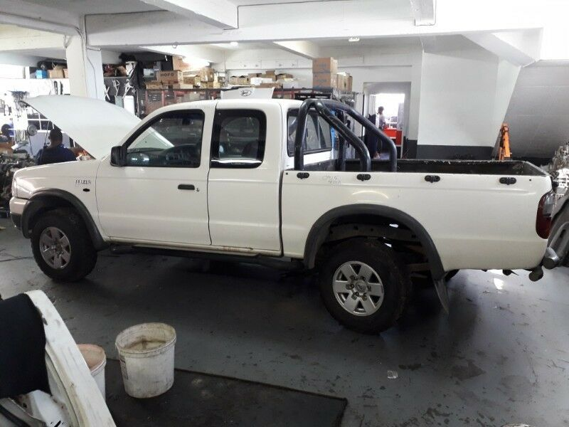 Ford Ranger Super/Club  Cab WL 2.5TD 2006 Complete For Stripping