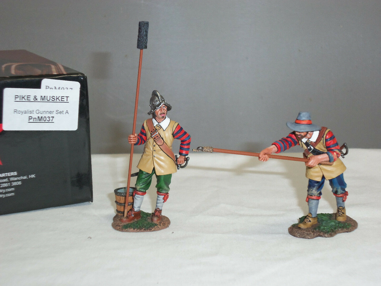 KING AND COUNTRY PNM037 ENGLISH CIVIL WAR ROYALIST CANNON GUN GUNNERS SET A