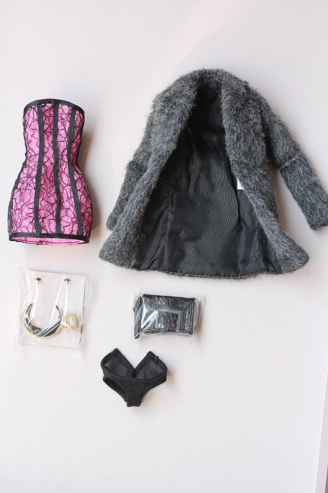 Tenue partielle Fashion Royalty NuFace Never Ordinary Eden W Club exclusive