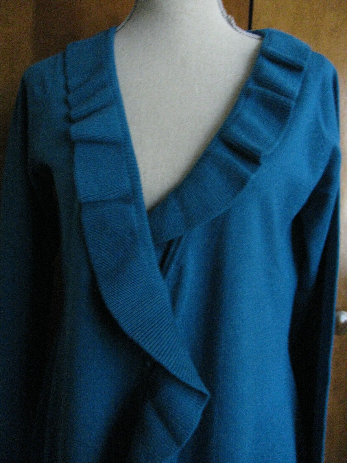 One A women's mgoldccan bluee ruffle detailed  long cardigan cardigan cardigan Sz Large NWT 177bef