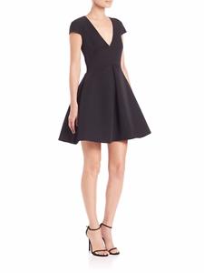 ac8237f03df NEW HALSTON HERITAGE Cutout Back V-Neck Fit   FLARE DRESS Size 4 ...