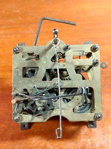 Vintage-E-Schmeckenbecher-Regula-Cuckoo-Clock-Movement-Made-In-Germany