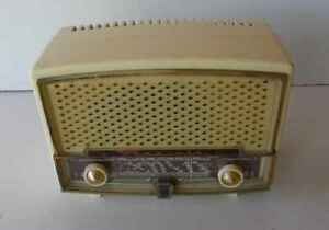 radio-Radiola-vintage-lamparas