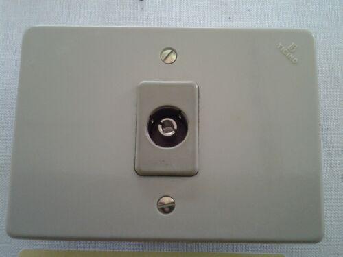 PRESA TV ORIGINALE TICINO DIAMETRO FORO 12,5 mm