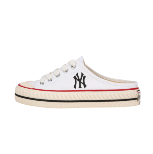 MLB PlayBall Origin Mule NY New York Yankees - White / 32SHS1111-50W