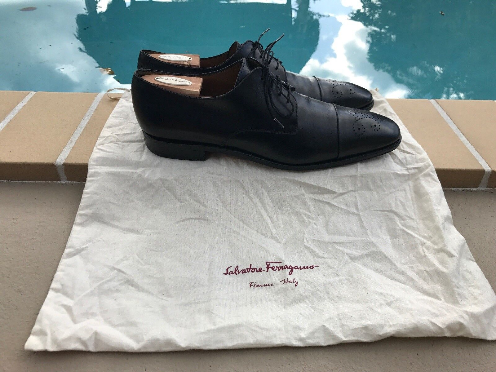 SALVATORE FERRAGAMO BLACK LEATHER LACE UP OXFORDS Sz 11D MADE IN ITALY