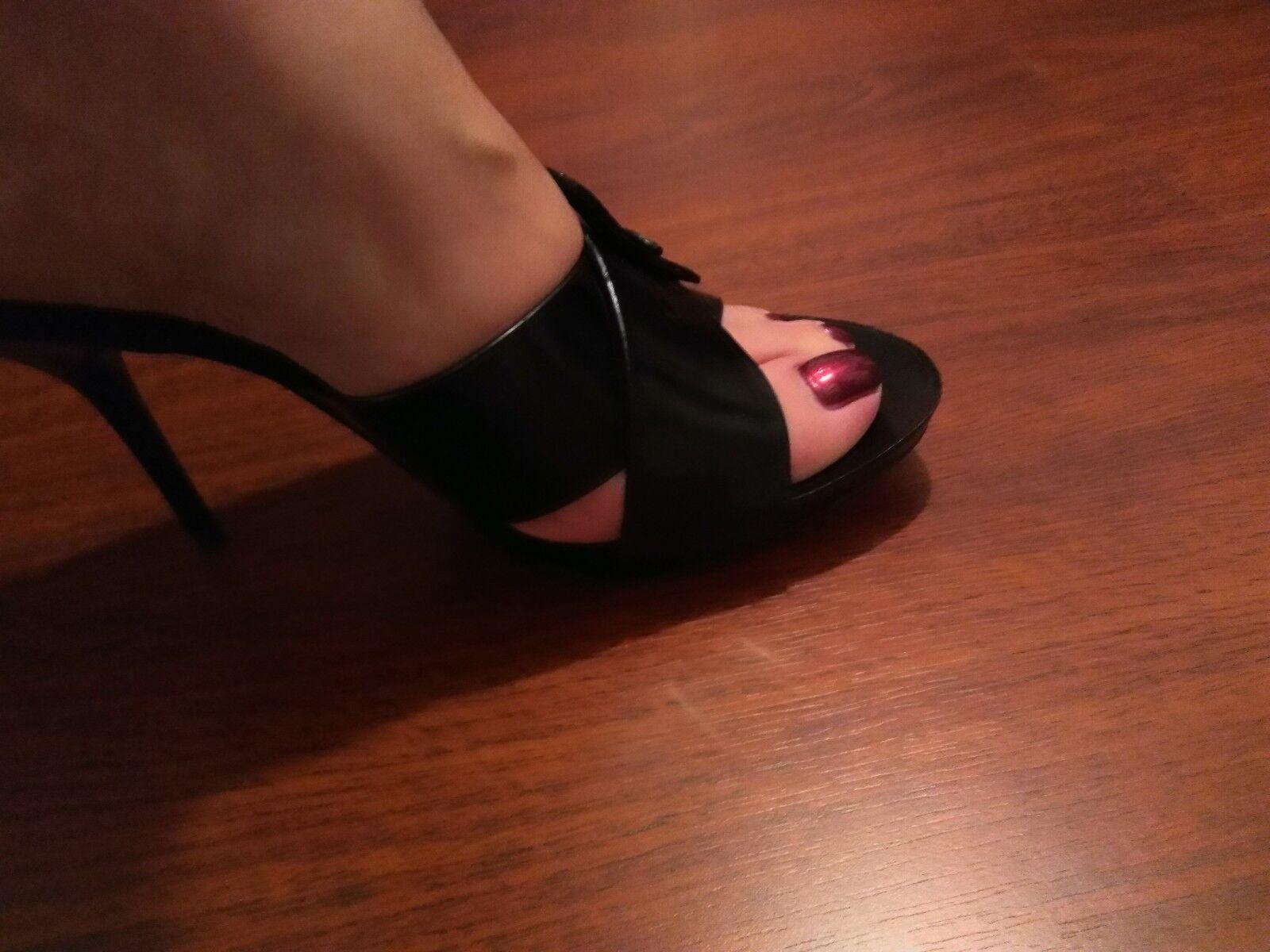 Donald Pliner Black Sandal Heels