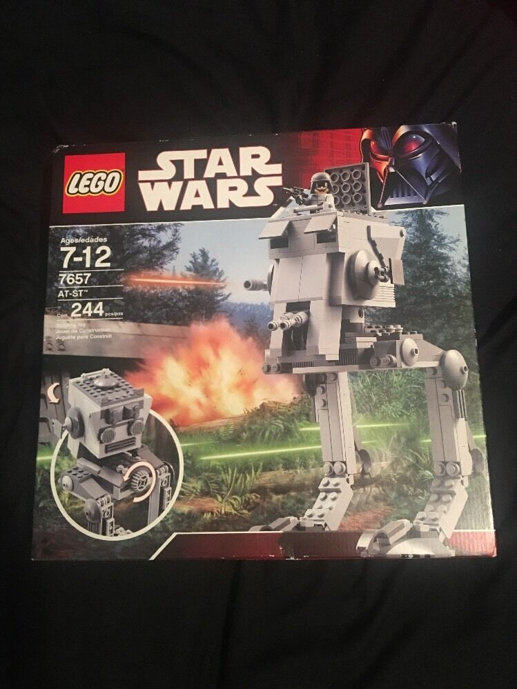 Factory Sealed Star Wars Lego 7657 AT-ST