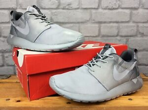 innovative design 5a4f4 6e8d4 Details about NIKE MENS UK 7 EU 41 ROSHE ONE PRINT WOLF GREY TRAINERS RRP  £70 LG