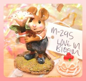 Wee-Forest-Folk-M-295-Love-in-Bloom-Easter-Flower-Mouse-Navy-Retired-WFF