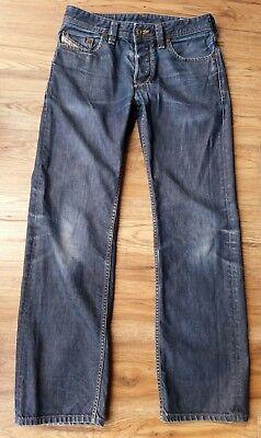 """""""diesel"""" Larkee 8z8 Gamba Dritta Jeans Da Uomo Designer Italiano. Taglia W30"""", L30""""-e 8z8 Straight Leg Mens Designer Italian Jeans. Size W30"""", L30"""" It-it Mostra Il Titolo Originale Eccellente (In) Qualità"""