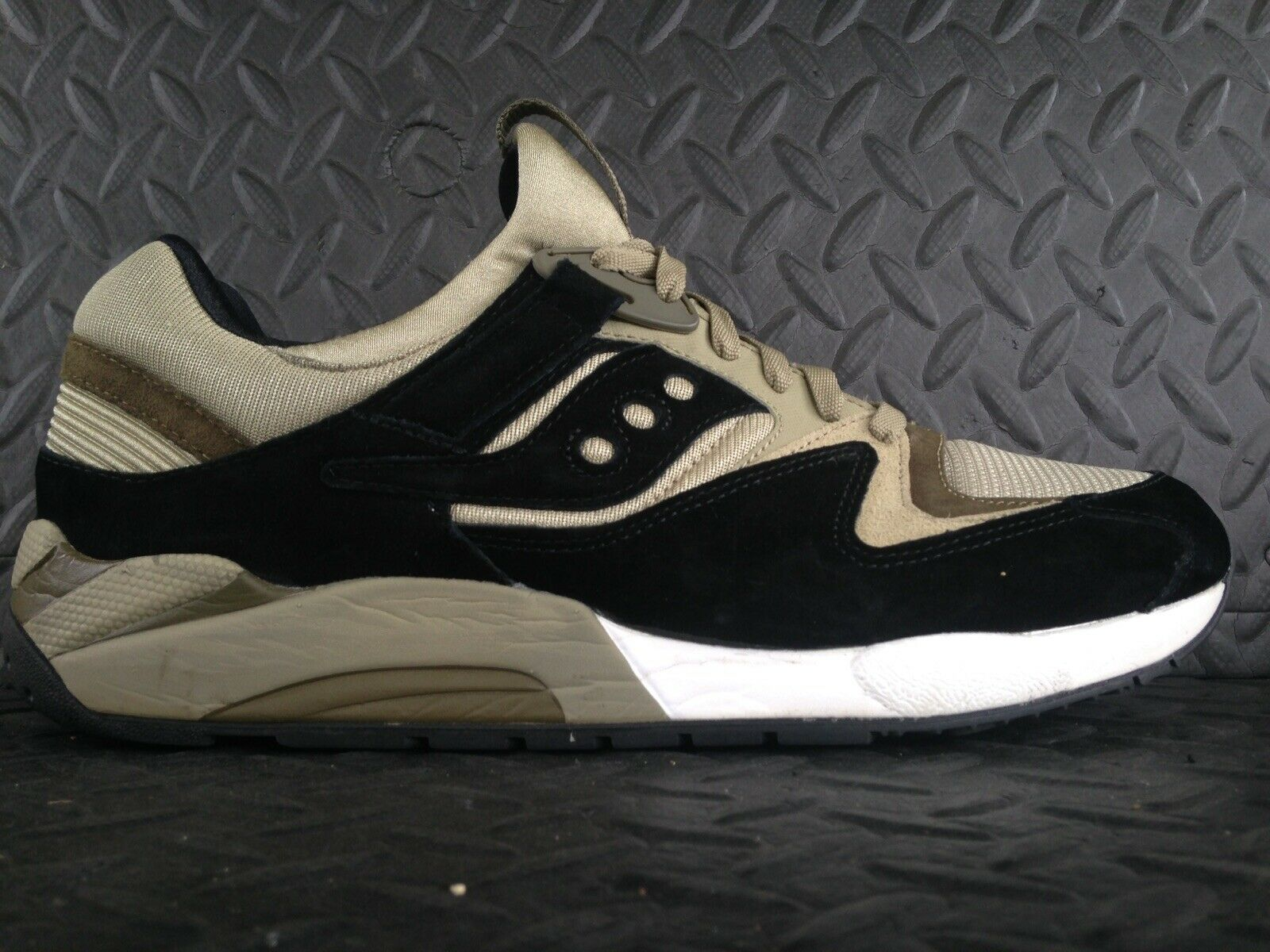 Saucony grid 9000 used size 11.5 s70134-8