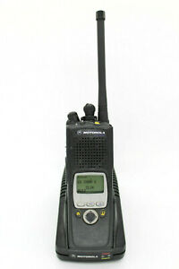 Motorola-XTS5000-Model-II-VHF-Smartzone-P25-9600Baud-trunk-Radio-w-accessories