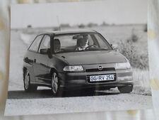 Opel Astra GSi 16v press photo Jul 1991