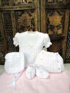 Will-039-beth-Precious-Newborn-Baby-Girl-Knit-Set-Booties-Bonnet-Sz-0-Take-me-Home