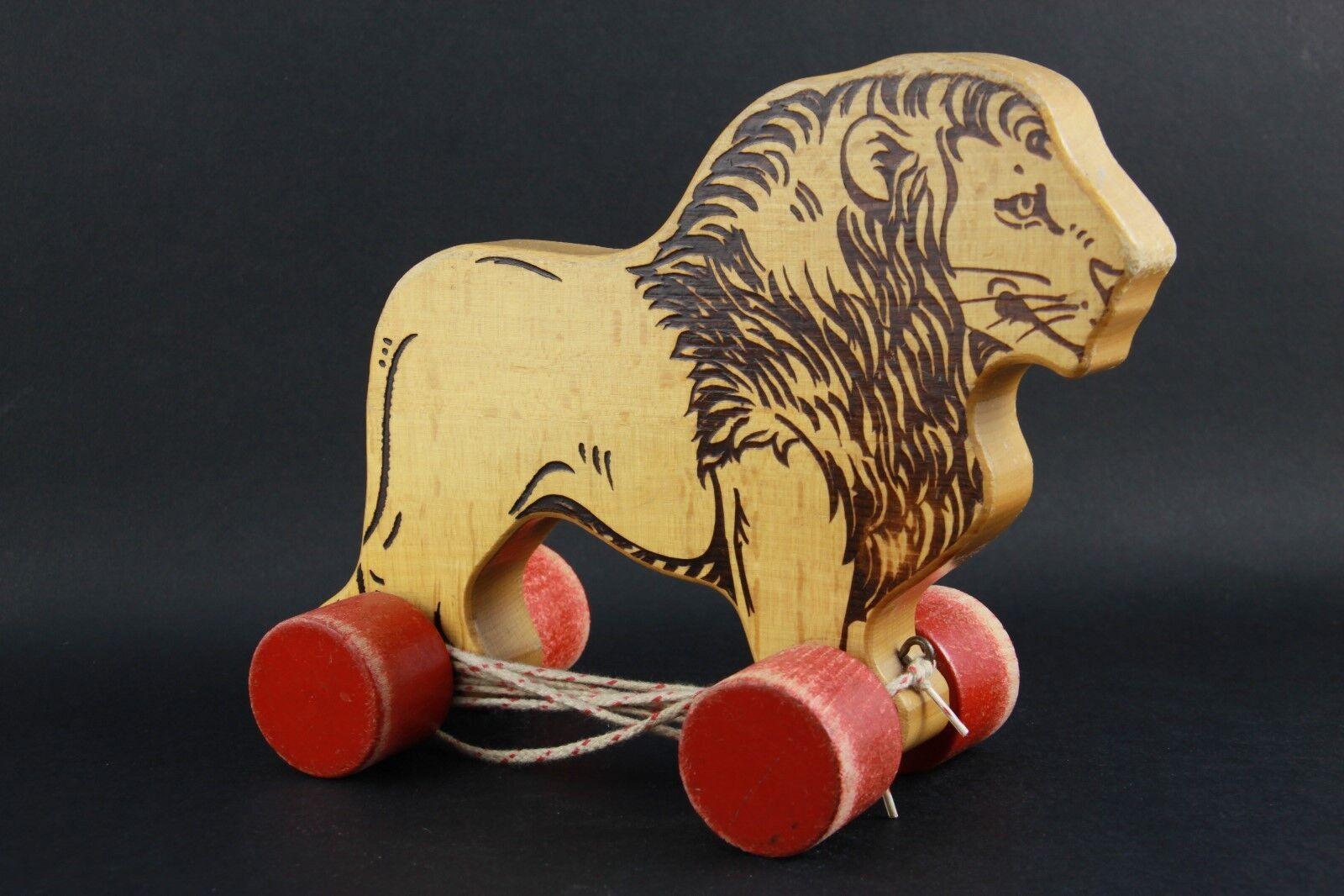 ORIGINALE Steiff Pull Leone in legno su ruote