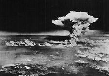 WW2  Photo WWII Atomic Bomb Detonation Hiroshima Japan   World War Two /5234
