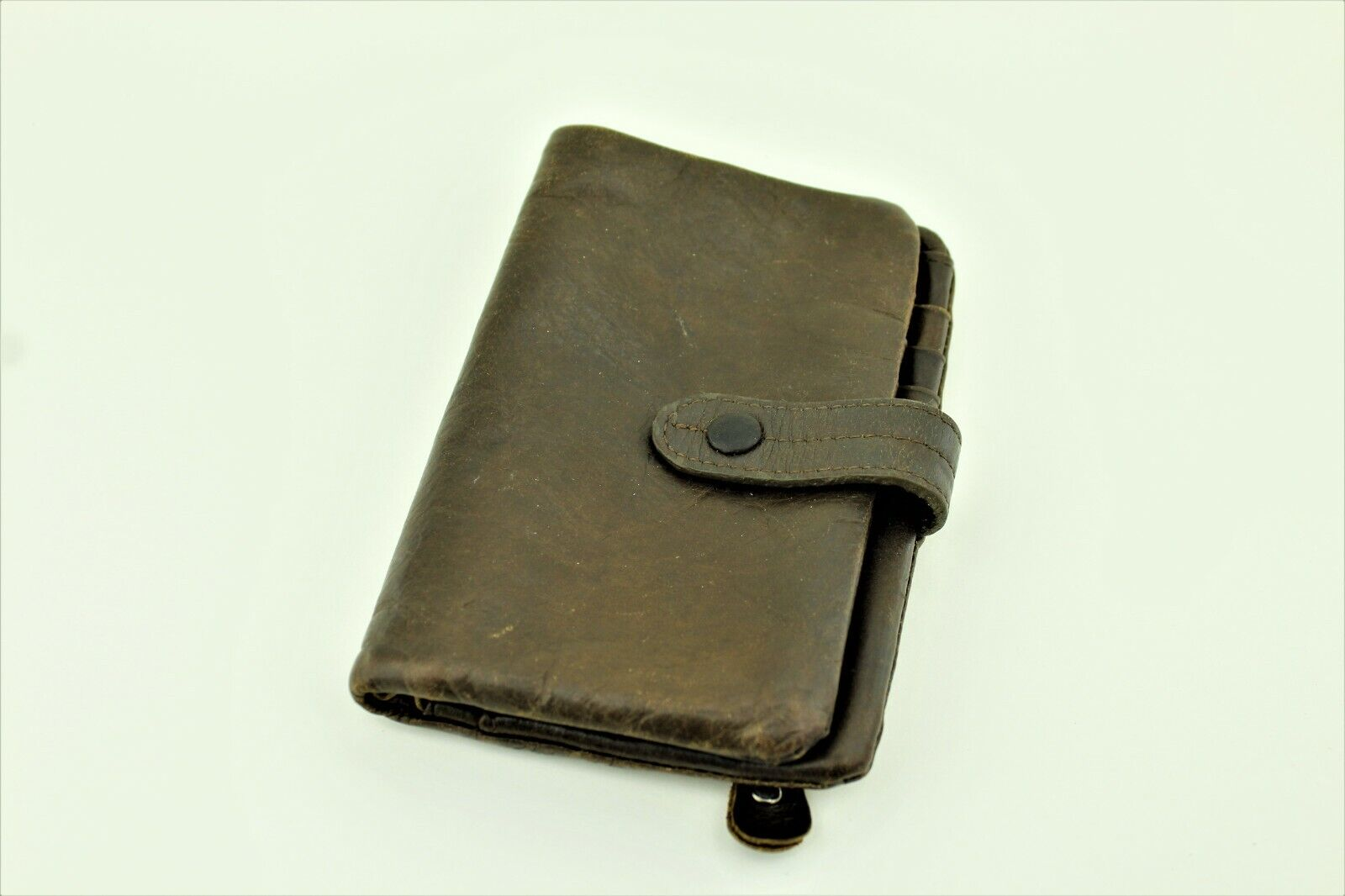 Handmade unisex leather wallet. Can fit cash, up to 12 cards. Pre-owned.
