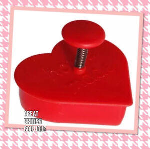 Cute-Cookie-Cutter-amp-Stamper-034-Home-Made-034-by-Sass-amp-Belle-for-Perfect-Cookies