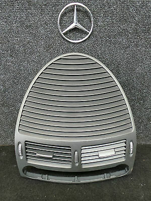 T8216 * Mercedes Benz E270CDI W211 Luftdüse Düse mitte  A 2118300054