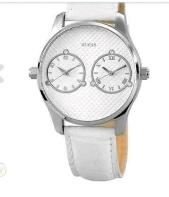 Élégant cadran blanc, en Cuir Blanc Quartz Bracelet Montre Montres Guess W80043G1