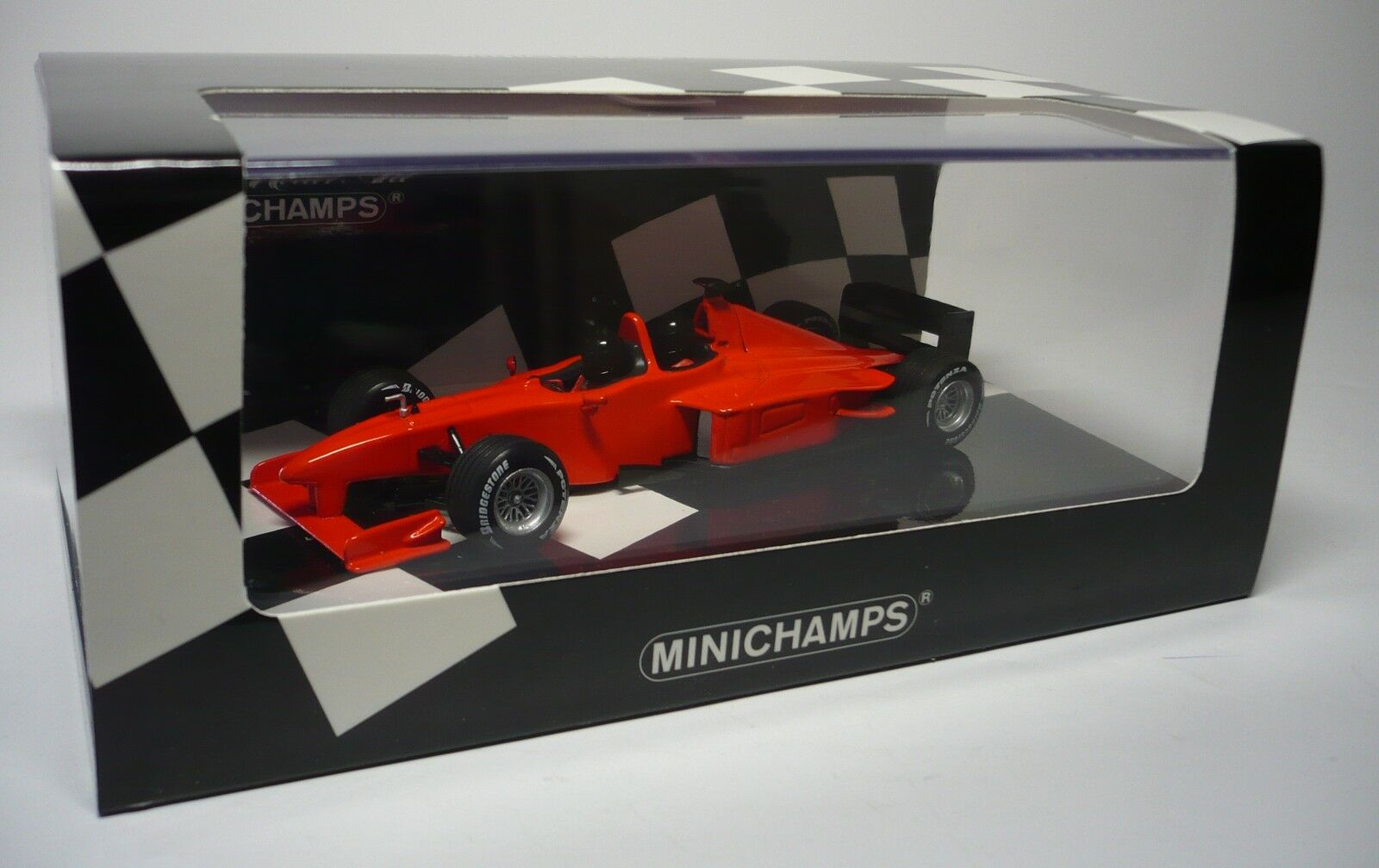 1 MINARDI F1 X2 PRIVATE SESSION FIORANO 2002 1 43 MINICHAMPS