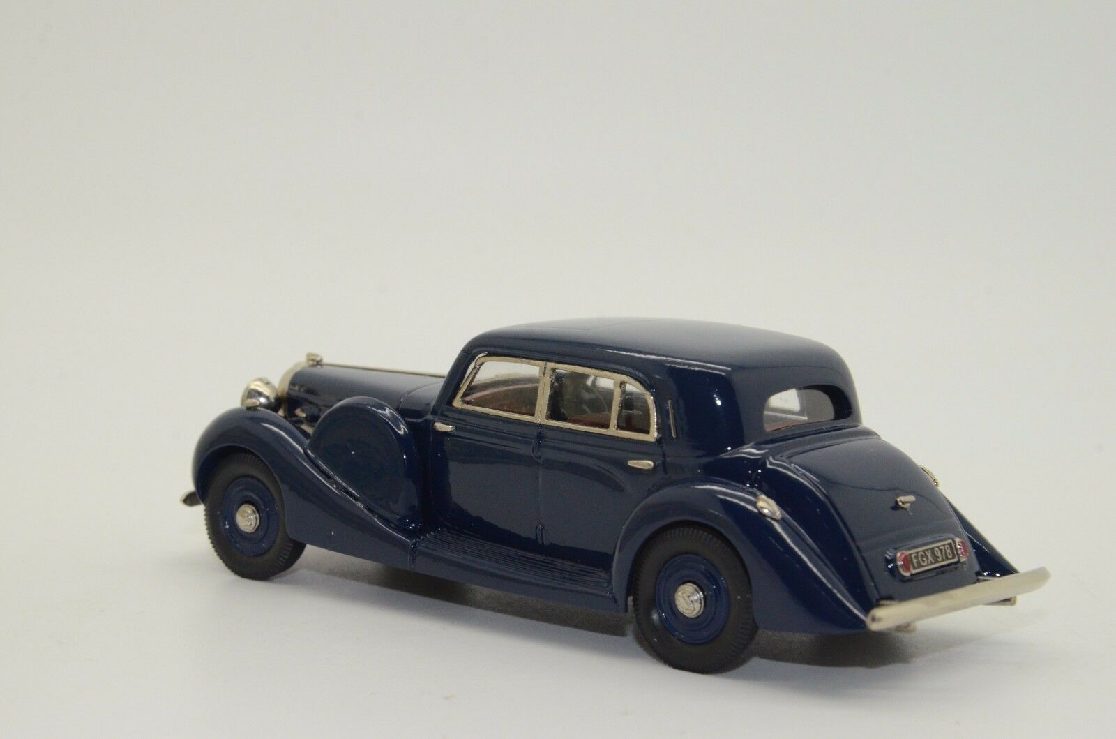 Rare    Lagonda V12 Long Saloon 1939 Dark blu Brooklin LDM 87 1/43 47ee5b