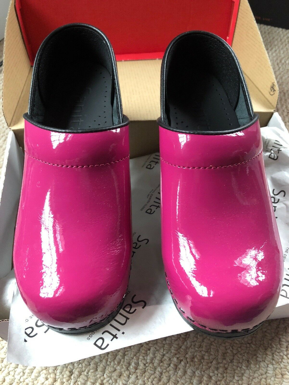 NEW Sanita Professional Patent Leather Clogs Fuchsia Eur 36   US 5.5-6